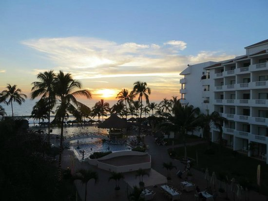 Marival Resort & Suites : One of many Beautiful Sunsets