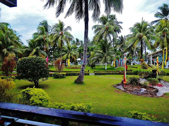 Waterfront Insular Hotel Davao: Grounds