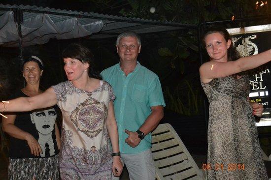 Warahena Beach Hotel: рождество