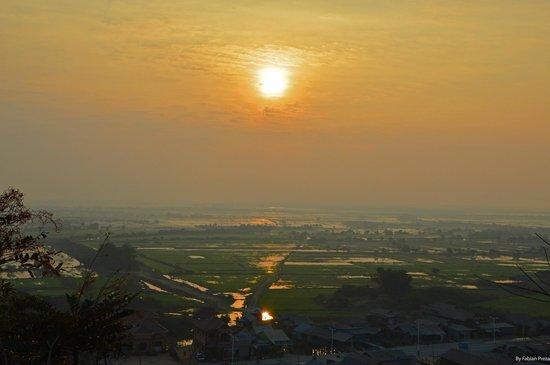 Navutu Dreams Resort & Wellness Retreat: Amanecer en Camboya