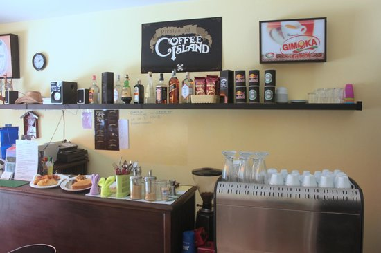 The Guest House: Coffee Shop
