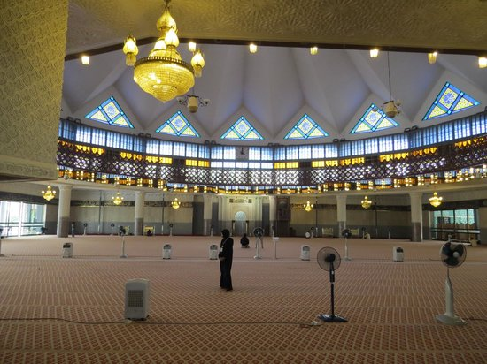 National Mosque (Masjid Negara): Lovely to see