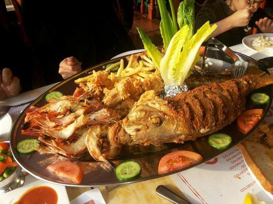 Golden Fork Restaurant: Mix sea food