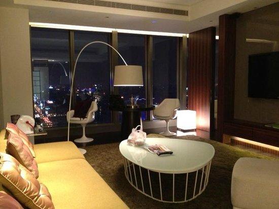 W Taipei: リビング