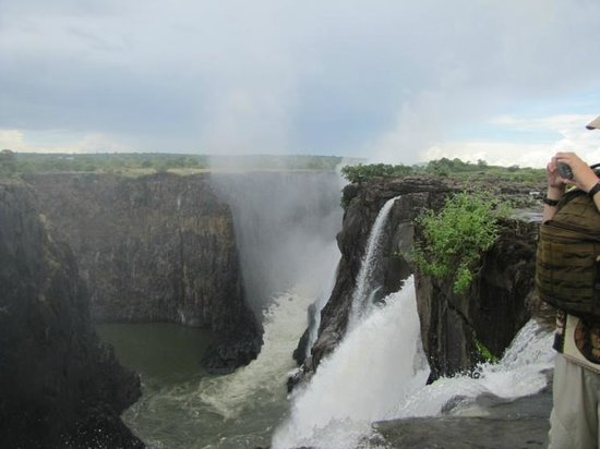 Devil's Pool: Beautiful - Zambia on the right.