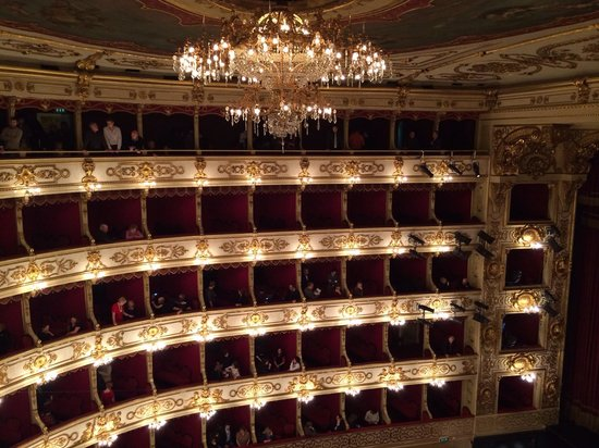 Teatro Regio : Lovely old style