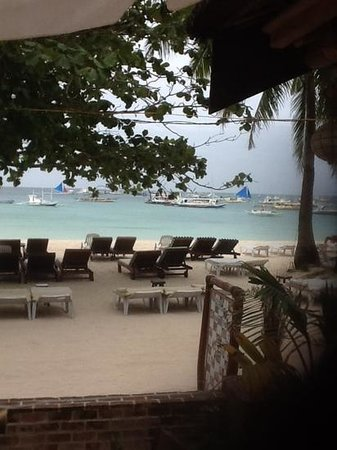 Surfside Boracay Resort & Spa: view of the surfside private beach from my breakfast table.