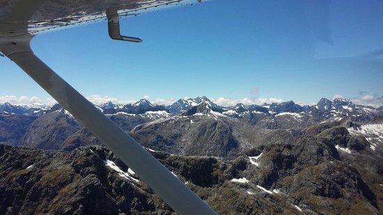 Wakatipu Aero Club: Watch our for Hobbits