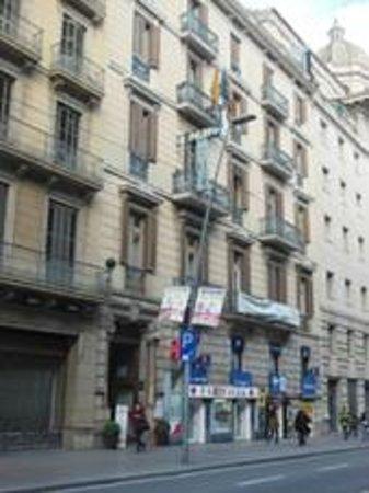 Hotel Pelayo esterno