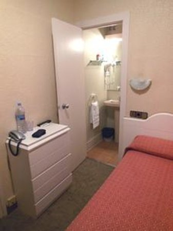 Hotel Pelayo stanza 212