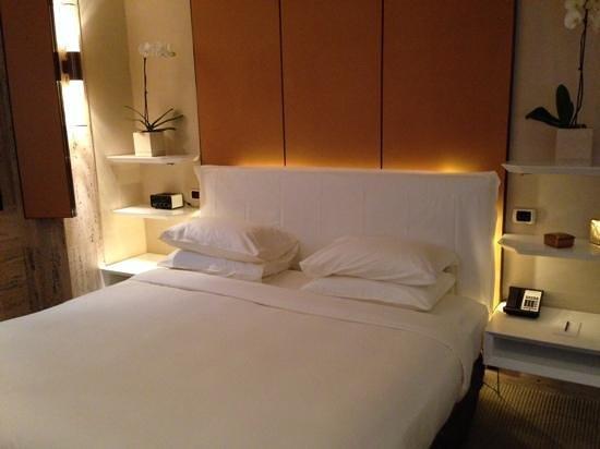 Park Hyatt Milan: cama confortável