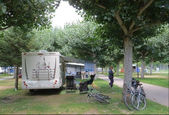 Camping Valle de Tena: Parcela en el Camping  Valle de Tena