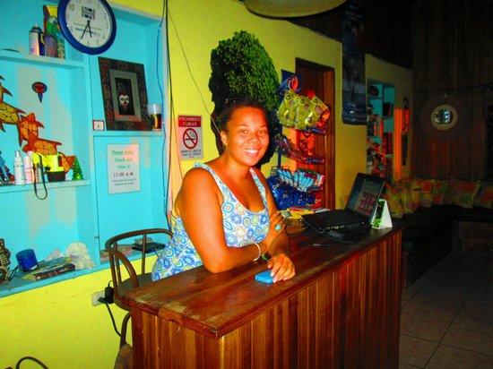 Hostel Vista Serena : J front desk tour organizer  and Super star