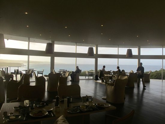 Southern Ocean Lodge: Dining area.
