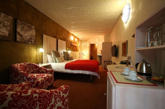 African Rock Hotel : Room 9, the Chrystal room