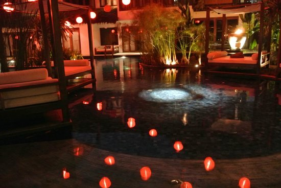 Villa Samadhi - By Samadhi: Poolside at night