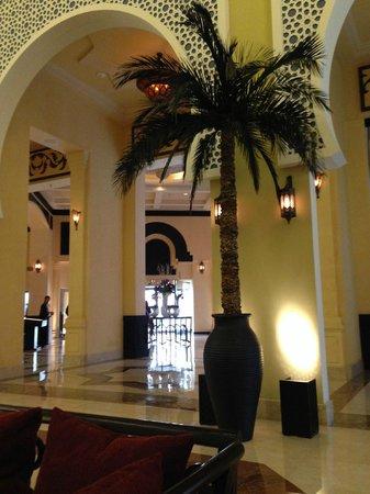 Movenpick Hotel Ibn Battuta Gate Dubai : Le hall