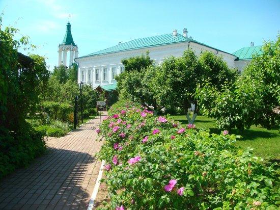 Yakovlevsky Savior Monastery: Спасо-Яковлевский монастырь, г. Ростов
