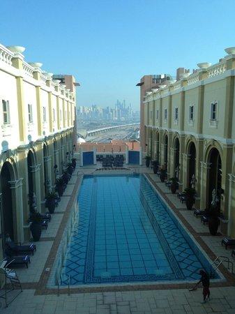 Movenpick Hotel Ibn Battuta Gate Dubai : La piscine
