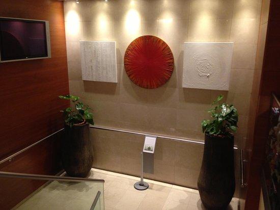 Acevi Villarroel: Hotel Moderno