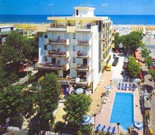 Hotel Aragosta : Hotel con piscina su mare di Rimini