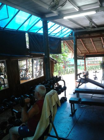 BB Gym: open air gym, but nice and breezy