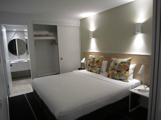 Adina Apartment Hotel Bondi Beach : One Bedroom apartment - bedroom