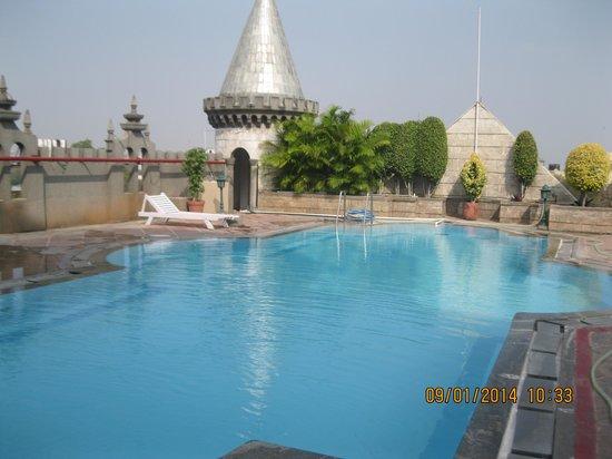 Amrutha Castle : pool on 5th floor