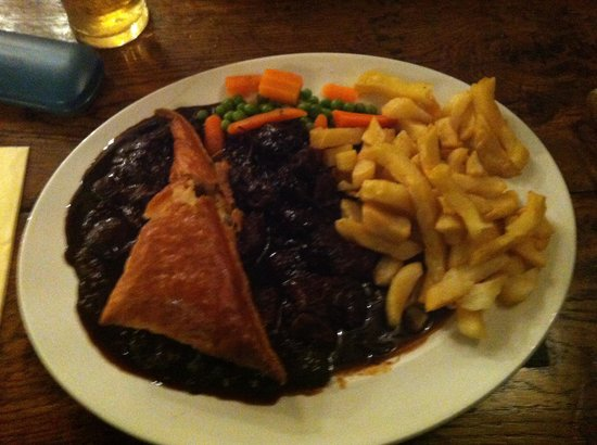 The Black Boy Inn: Beer and ale pie it was excellent