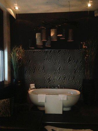Van der Valk Hotel Houten-Utrecht: Twee persoons bad