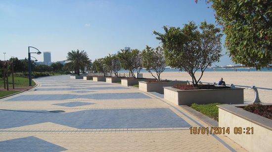Sheraton Abu Dhabi Hotel & Resort: Corniche