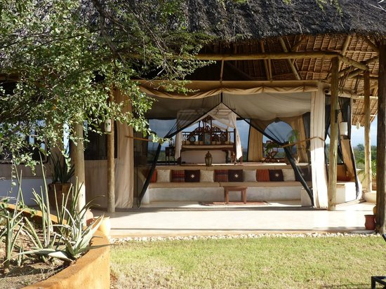 Sasaab Lodge : view of our room - the honeymoon suite