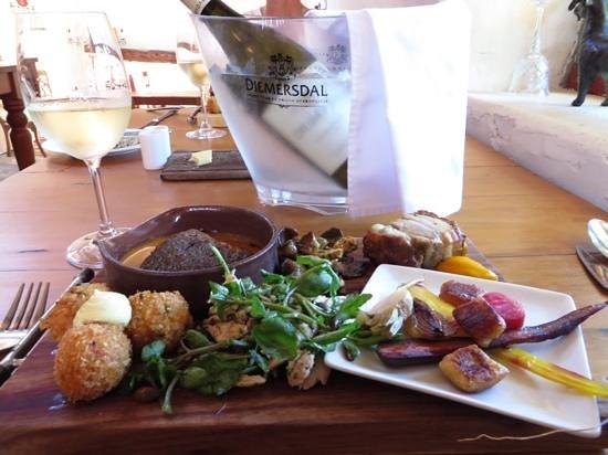 Diemersdal Farm Eatery: Late afternoon Tappas Platter, lekker!