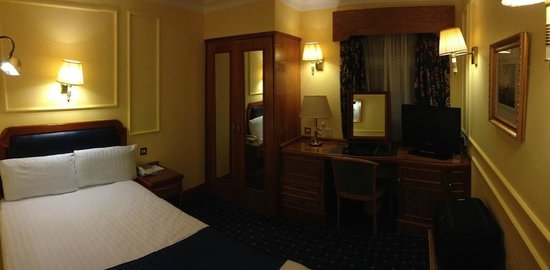 Lancaster Gate Hotel : room 142