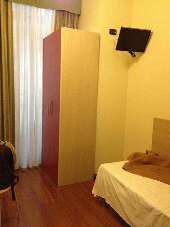 Hotel Dock Milano : обстановка, достойная ХОСТЕЛА
