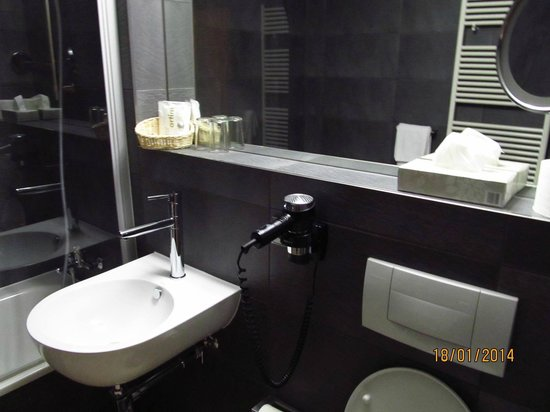 Hotel Artim: toilette