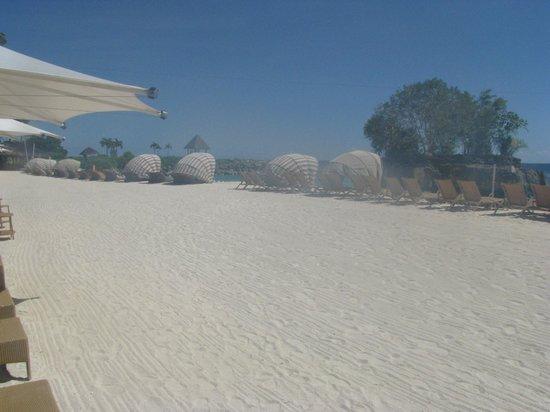Shangri-La's Mactan Resort & Spa: Beach