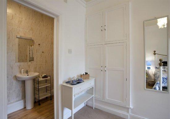 Riverbank Guest House: Double ensuite