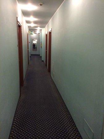 Amadeus Hotel: Corridor