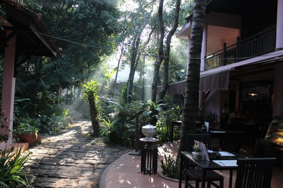The River Garden Siem Reap: Outdoor section of dining area.