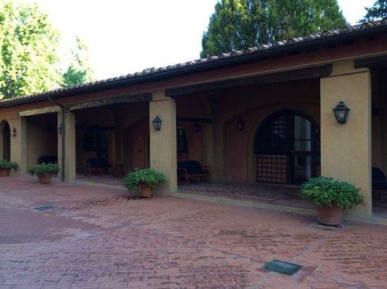 Calamidoro Hotel: room area