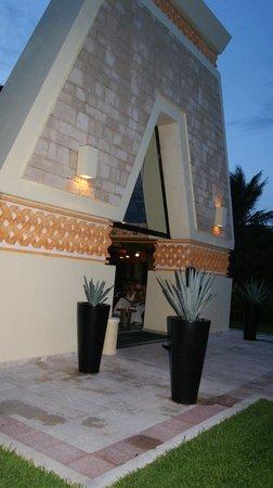 Luxury Bahia Principe Akumal Don Pablo Collection: Grand Bahia Principe Akumal Mexico