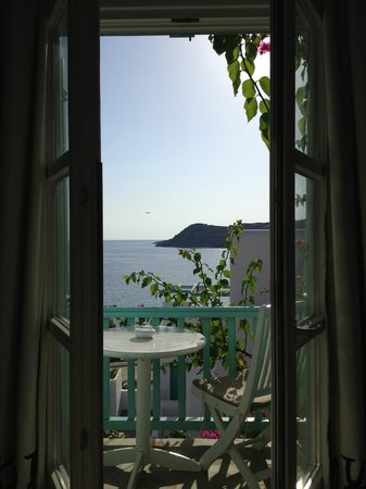 Myconian Imperial Hotel & Thalasso Centre : The view from room