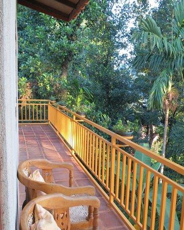 Sujatha's Homestay: Balcony of the upstairs room