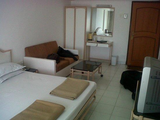 Valley View Resort: room