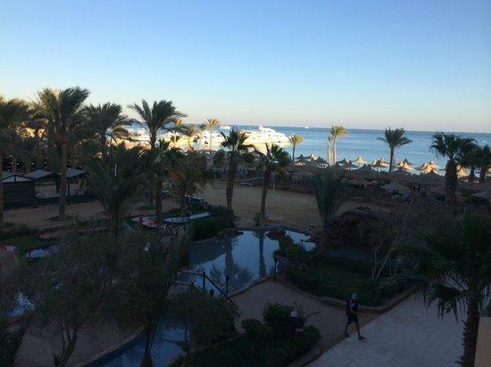 Giftun Azur Resort : utsikt från hotellrum (vi bodde inte här, men träffade en som gjorde)