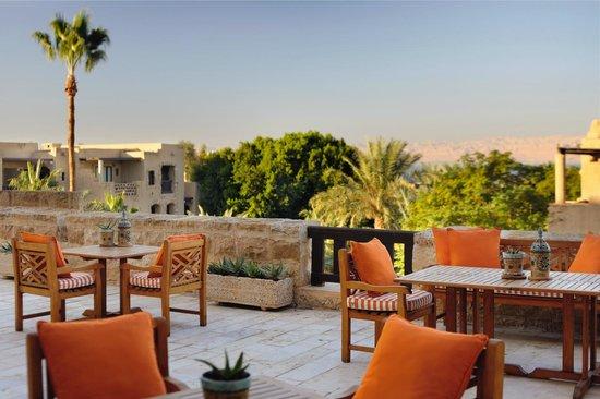 Movenpick Resort & Spa Dead Sea: Al Khayyam Terrace