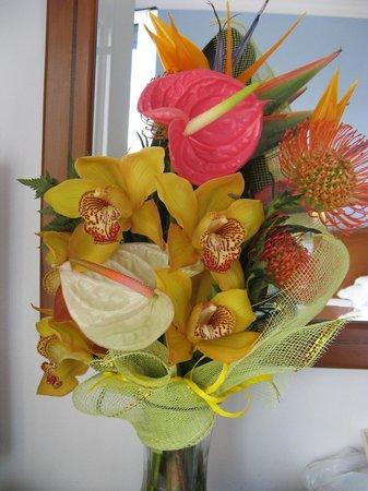 Hotel Albergaria Dias: Birthday flowers