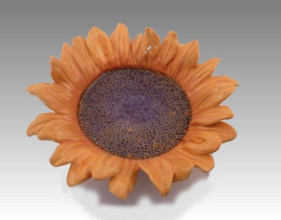 Llandybie, UK: Sunflower Bowl