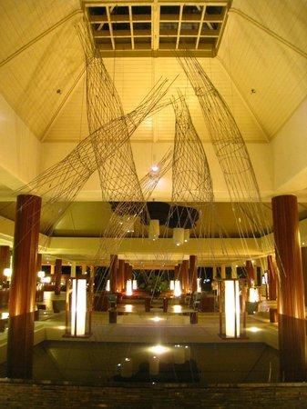 Sheraton Fiji Resort : hotel lobby
